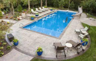 Border pool